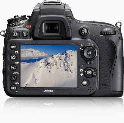 NIKON D610 Nital 24-85mm KIT.